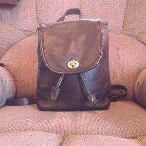 Vintage coach mini backpack (9960)